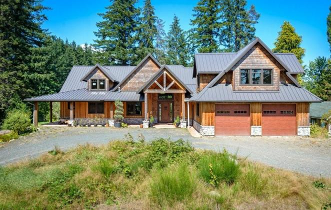 2170 S Campbell River Road, Campbell River West, Campbell River