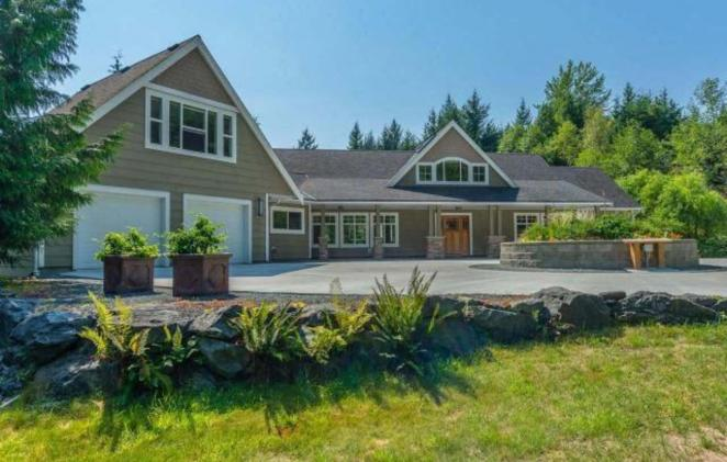 2700 Turnbull Road, Qualicum North, Oceanside